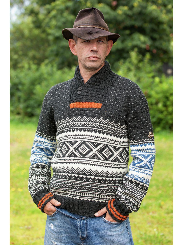 Lothepus Hansbu genser, kjøp den som strikkepakke hos HoY.no