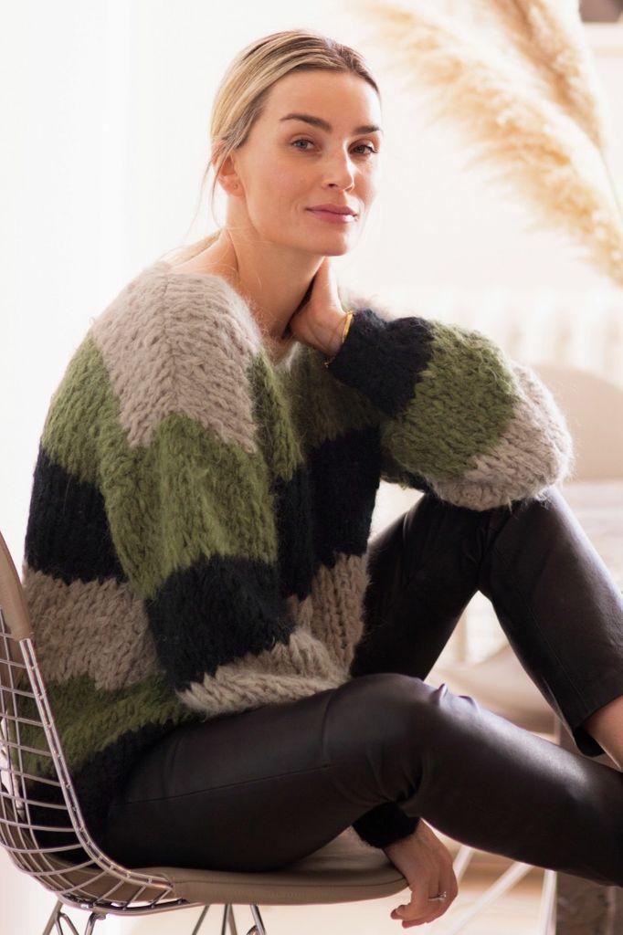 Kari Genser, kjøp den som strikkepakke hos HoY.no Hoy.no