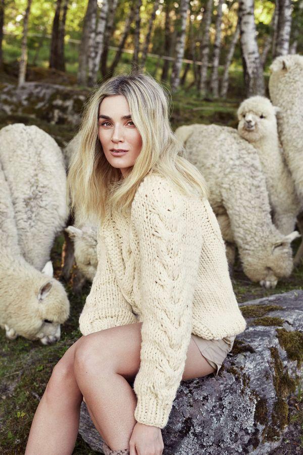 Kjøp strikkepakke Eline genser fra Camilla Pihl hos HoY.no